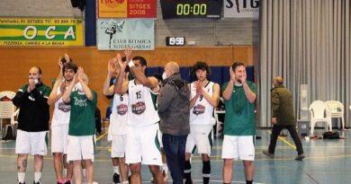 """Bàsquet Sitges """"B"""" 72 Bàsquet Sant Sadurní 40"""