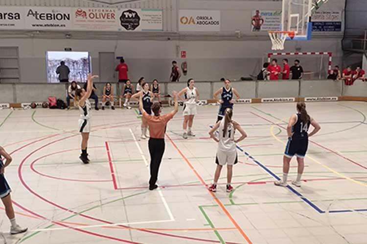 Les sitgetanes s'enfrontaven a un dels equips mes forts de la temporada.