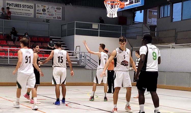 Àmplia victòria del Bàsquet Sitges-La Guixeta, 92 a 60 davant el Reus Ploms Salle Negre en el partit disputat diumenge passat a les 18:00 hores al pavelló 1 de Pins Vens, en el segon partit de la primera fase de la temporada.